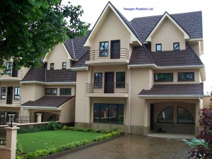 4 Bedroom Town House – Lavington – FOR SALE